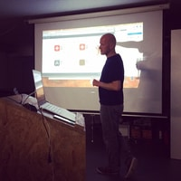 @hfuecks Talking about @gethoi and parse.com at @webtuesday at @liip ZH