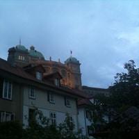 below the Bundeshaus.